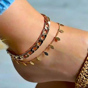 ⚜️[𝟯/$𝟮𝟴]⚜️2 Layered Gold Chunky Anklet Set NEW